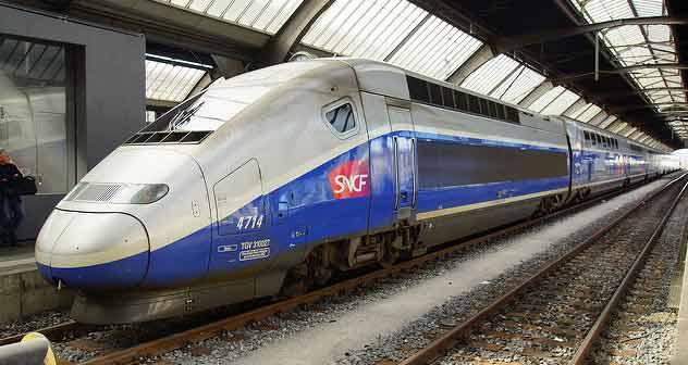 midi-pyrenees : SNCF : voyager en illimité - Flickr CC photos/gnm2010/